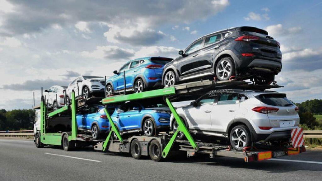 سيات تستعين بشاحنة طولها 25 متر لنقل السيارات