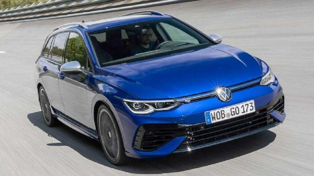 فولكس فاجن تعلن عن سيارتها الجديدة Golf R موديل 2022