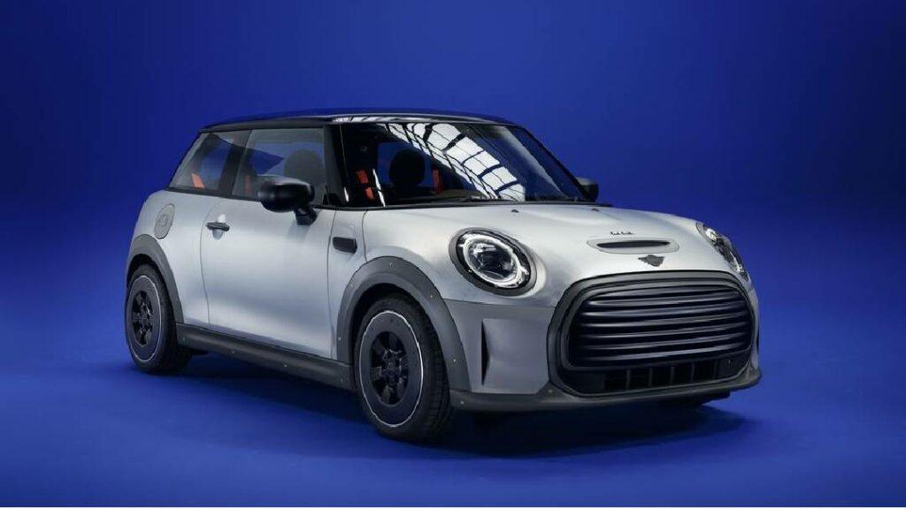 السيار Mini Strip عبارة عن سيارة ميني كوبر كهربائية .. بتصميم مختلف