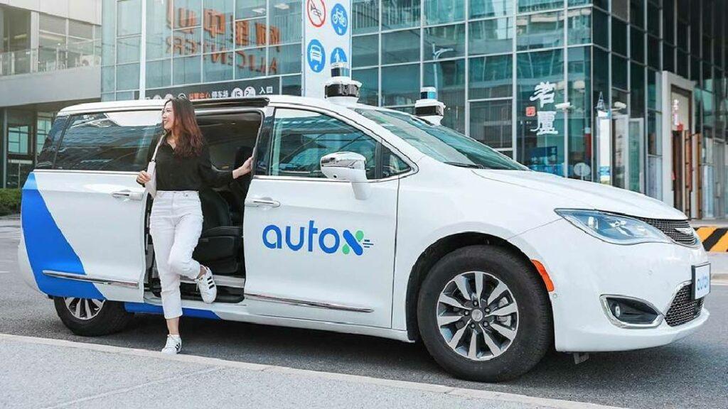 دايملر و بوش تنهيان تعاونهما فيما يخص مشروع التاكسي الروبوت